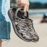 2021 Summer Outdoor Men's Clogs Breathable Beach Sandals Man Garden EVA Clogs for Women Ladies Slides Female Slippers Casual