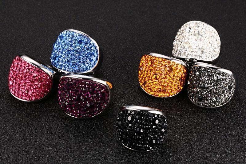 Crystal Rhinestone Stainless Steel Wedding Rings For Women 2