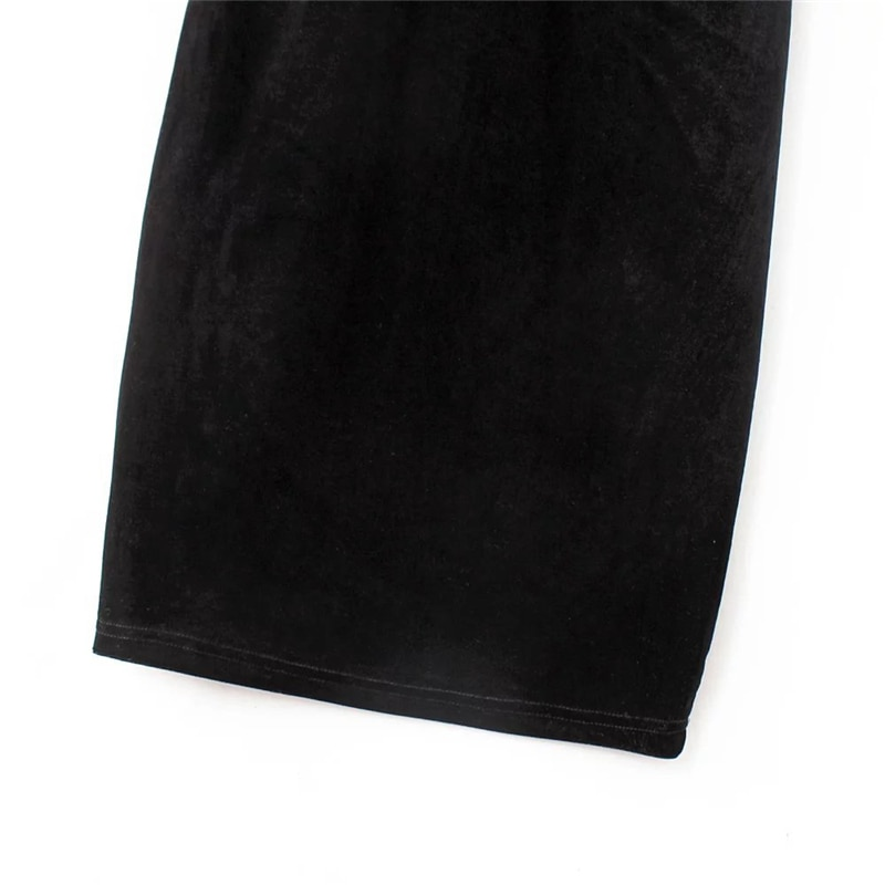 Red Flower Embroidered Black Velvet Shoulder-Straps Bodycon Dress 19