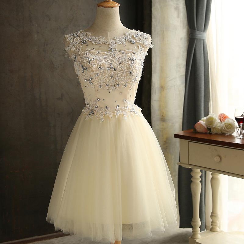elegant sleeveless short dress